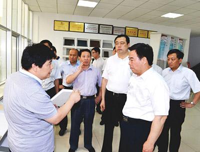 潍坊市市长刘曙光到巴夫利参观考察